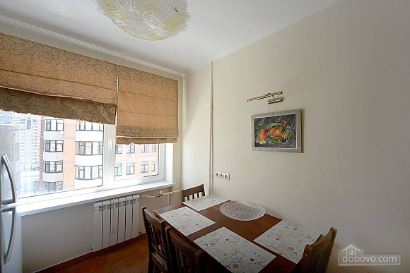 Сногсшибательный вид на город с высоты 15 этажа с вашей собственной террасой в 5 минутах от Gulliver и Arena City, 2х-комнатная (29436), 017
