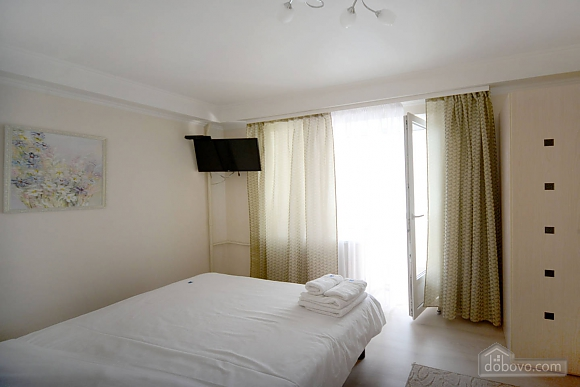 Bright and cozy apartments with Italian leather furniture near the Arena city and Mandarin Plaza, Zweizimmerwohnung (58117), 016