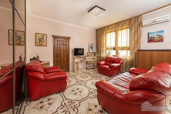 Classy Impressive Red Italian Beaty, 2х-комнатная (59793), 001