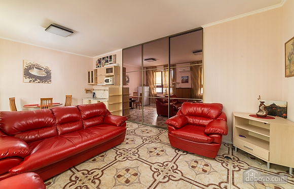 Classy Impressive Red Italian Beaty, 2х-комнатная (59793), 007