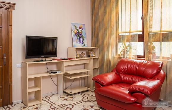 Classy Impressive Red Italian Beaty, 2х-комнатная (59793), 009