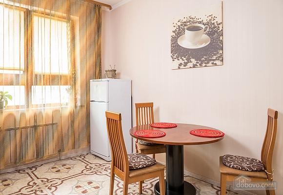 Classy Impressive Red Italian Beaty, 2х-комнатная (59793), 013