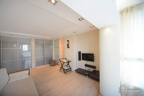 Ideally located apartment in the hi-tech style for business families and guests of the capital, Una Camera (54335), 010