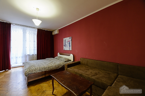 Center Olympiiskyi stadium Apartment with 2 separate bedrooms, Zweizimmerwohnung (10313), 001