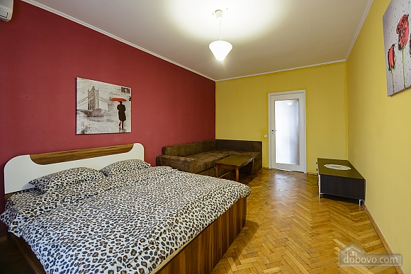 Center Olympiiskyi stadium Apartment with 2 separate bedrooms, Zweizimmerwohnung (10313), 003