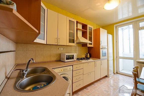 Center Olympiiskyi stadium Apartment with 2 separate bedrooms, Zweizimmerwohnung (10313), 014