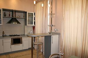 Maydan Nezavisimosty, One Bedroom, 003