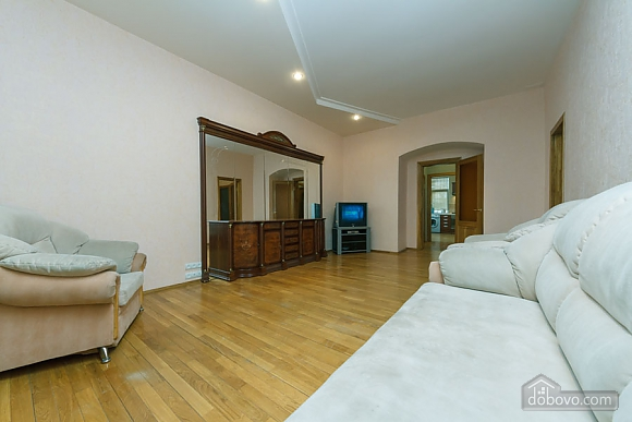 Apartment near Zoloti Vorota, One Bedroom (37648), 007
