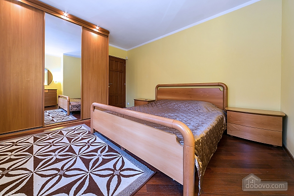 Apartment between Dinamo and Beregovaya stations, Due Camere (47846), 001