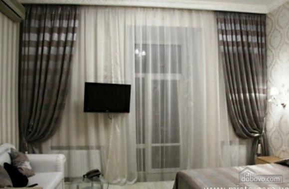 Luxury apartment near to Deribasivska, Studio (20241), 002