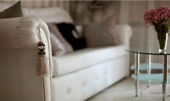 Luxury apartment near to Deribasivska, Studio (20241), 003