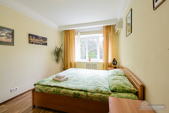 One bedroom apartment on Lesi Ukrainky (344), One Bedroom (19120), 002