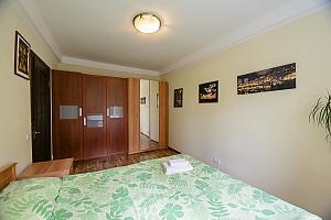 Двухкомнатная квартира на Леси Украинки (344), 2х-комнатная, 003