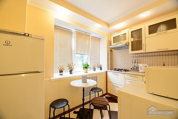 One bedroom apartment on Lesi Ukrainky (344), One Bedroom (19120), 010