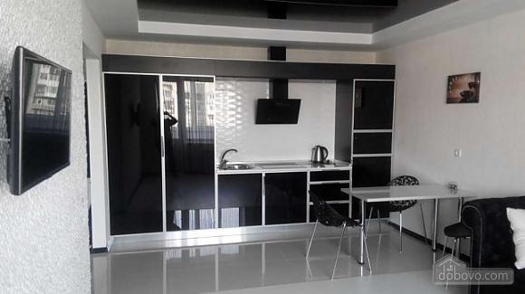 Black-white, Zweizimmerwohnung (44557), 002