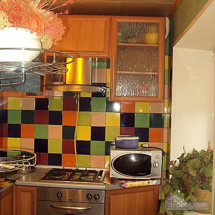 Квартира з дизайнерським ремонтом, 1-кімнатна (63161), 002