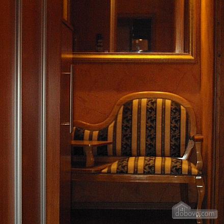 Квартира з дизайнерським ремонтом, 1-кімнатна (63161), 006