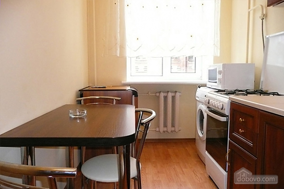 Apartment in Kiev, Studio (99305), 004