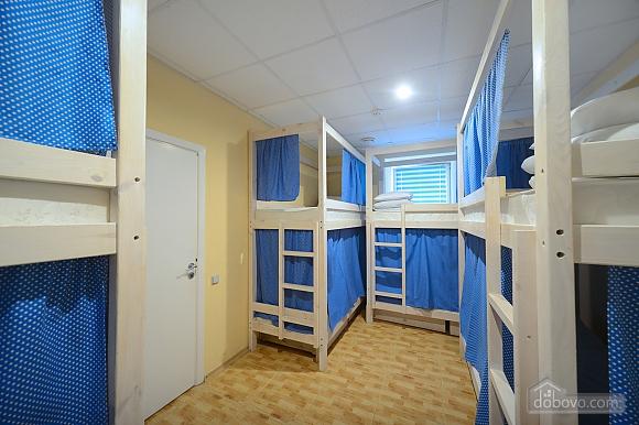 Good Dreams, Six (+) Bedroom (87908), 017