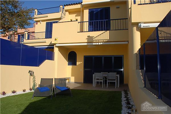 Holiday rental with wonderful community pools, Two Bedroom (38964), 003