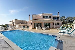 Vivenda Albufeira with pool, Four Bedroom, 002