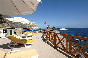 Romantic Villa for 2 with sea view, One Bedroom, 001