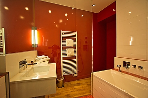 Biarritz - La Raffinee, Trois chambres, 004