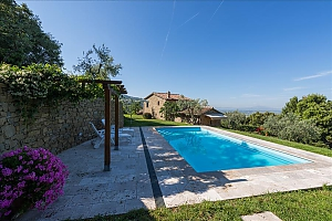 Small Tuscany villa for two with swimming pool, Un chambre, 013
