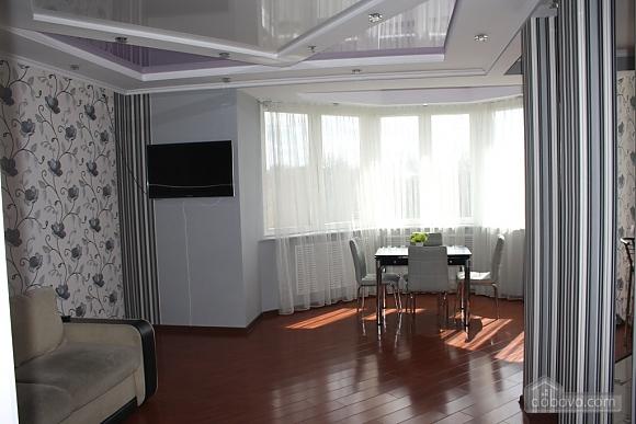 Apartment VIP class Center Local garden, Due Camere (17935), 003