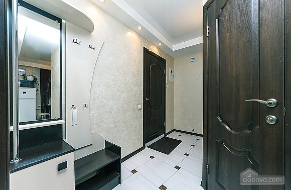 Метро Дворец Украины, 2х-комнатная (94110), 016