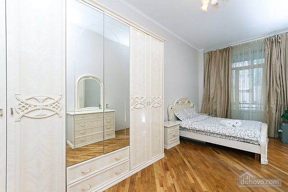 Apartment on Maidan in historical house, One Bedroom (76882), 009