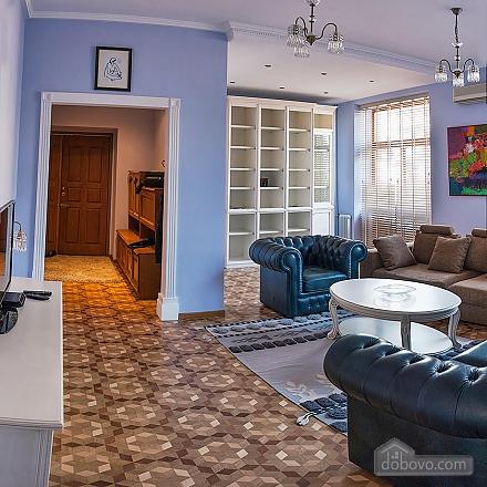 Квартира в Киеве, 4х-комнатная (33832), 003
