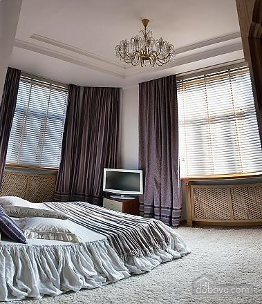 Apartment in Kiev, Vierzimmerwohnung (33832), 004