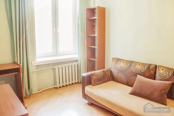 Cosy apartment near the metro station, Deux chambres (18823), 007