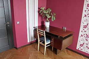 Spacious two bedroom apartment on Pechersk, Dreizimmerwohnung, 002