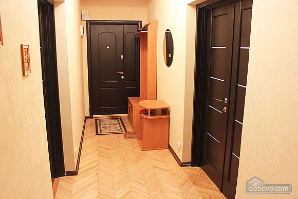 Spacious two bedroom apartment on Pechersk, Two Bedroom (35613), 014