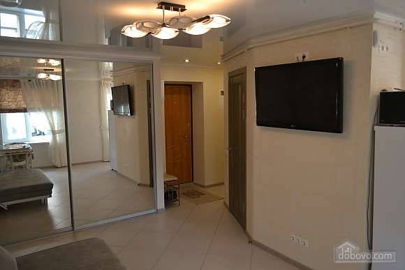 Suite apartment with warm floors, One Bedroom (91060), 010