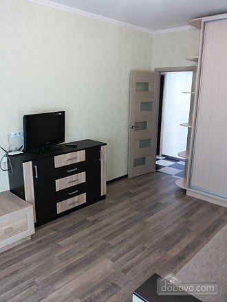 Apartment in new building Vasylkivska station Exhibition center, One Bedroom (48736), 004