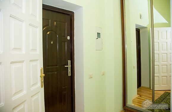 Apartment in Lviv, One Bedroom (82454), 010