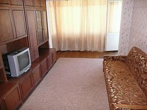 Apartment near Politekhnichyi Instytut metro station, Una Camera, 003