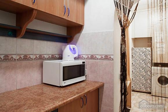 Economy apartment in center of Lviv, Una Camera (75191), 003