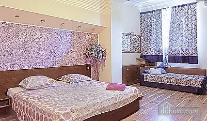 Квартира на Майдані Незалежності, 4-кімнатна (91478), 001