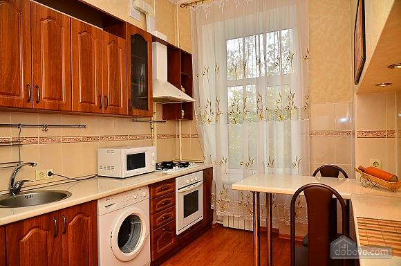 Квартира возле метро Олимпийская, 2х-комнатная (32939), 004