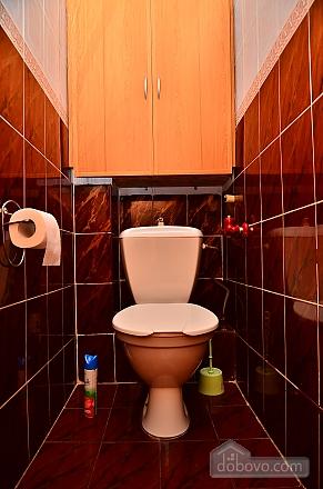 Квартира возле метро Олимпийская, 2х-комнатная (32939), 006