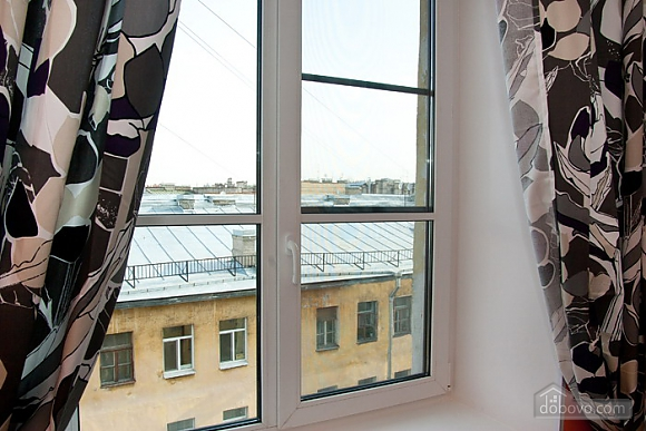 Designer apartment in the center, Studio (92104), 009
