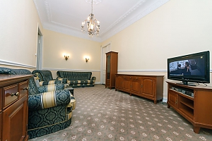 2-bedroom apartment with a fireplace near the Arena City, Two Bedroom, 002