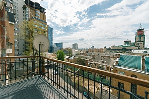 2-bedroom apartment with a fireplace near the Arena City, Dreizimmerwohnung, 030