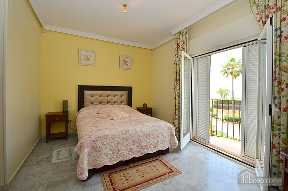 Beachfront traditional style townhouse with 3 bedrooms, Trois chambres (99678), 005