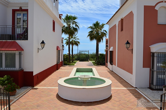 Beachfront traditional style townhouse with 3 bedrooms, Trois chambres (99678), 035