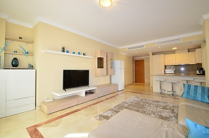 Spacious tranquil one bedroom apartment, Zweizimmerwohnung, 002